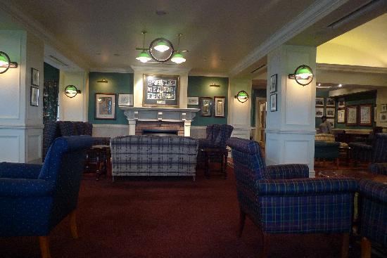 Peermont Walmont at Graceland: Restaurantbereich Innen