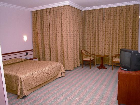 Selcuklu Otel: Zimmer