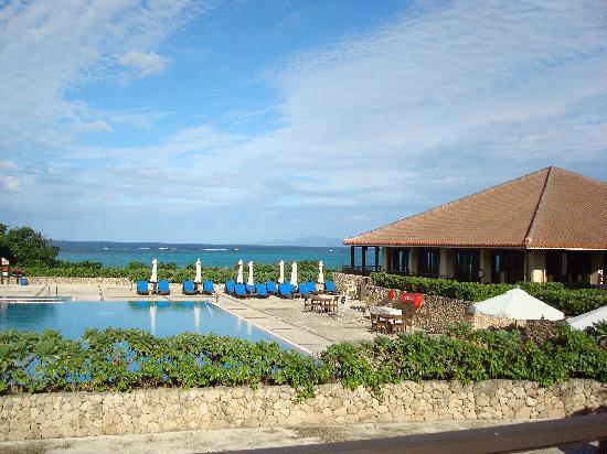 Club Med Kabira Beach : フロントからの絶景