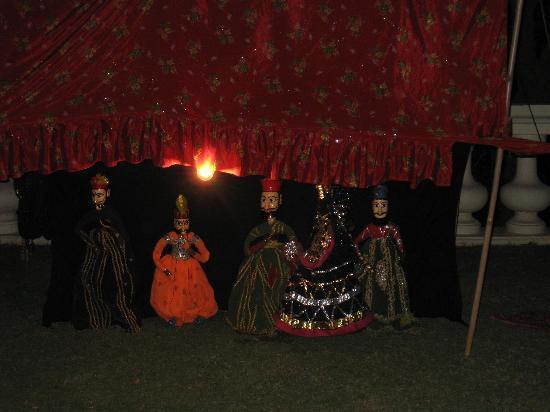 The Lalit Laxmi Vilas Palace Udaipur: teatro de marionetas