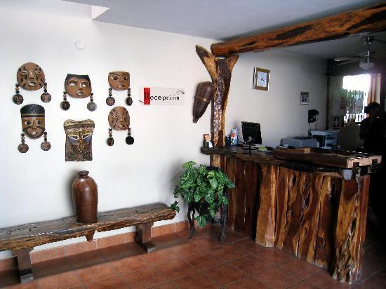 Hotel El Huacachinero: recepcion