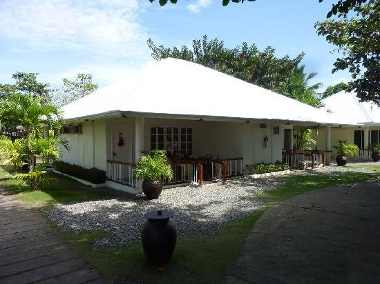 Almont Inland Resort : Bungalow with Deluxe Rooms