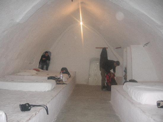 Hotel Marhala: questa era una camera da 6 posti che ci hanno lasciato occupare in 3