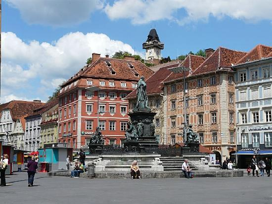 Graz-Hauptplatz