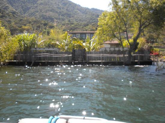 Casa Lobo Bungalows: View of Casa Lobo upon arrival