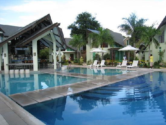 Infinity Pool At The Break Of Dawn Picture Of Acuatico Beach Resort Hotel Laiya Tripadvisor