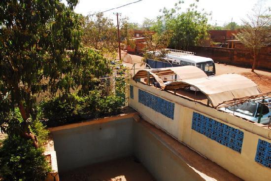Ouahigouya, Burkina Faso: Empty swimming pool
