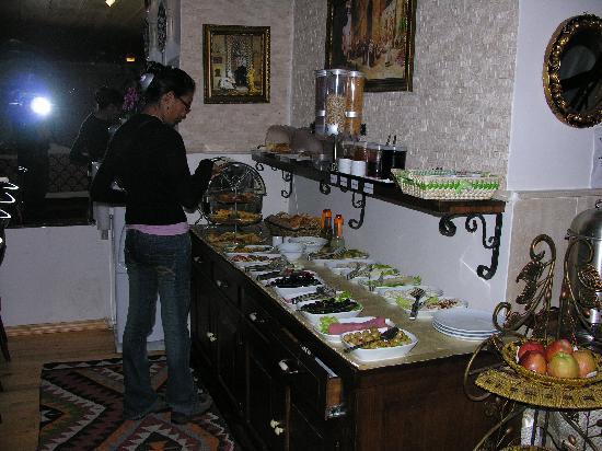 Esans Hotel: Desayuno bufet
