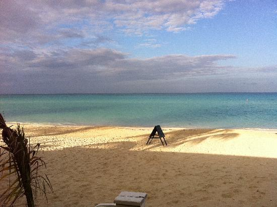 Fun Holiday Beach Resort: Negril beach