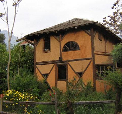 سانتياجو, شيلي: Casa típica de Barro y Roble