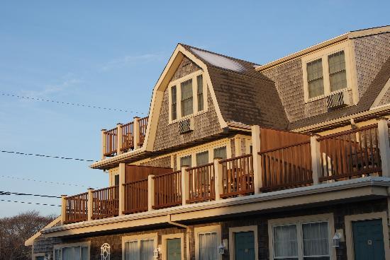 The Seaside Inn: inn