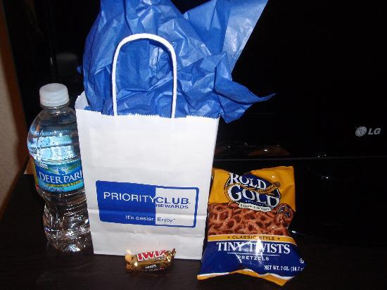 Holiday Inn Express Hotel & Suites Houston NW-Beltway 8-West Road: our goodie bag