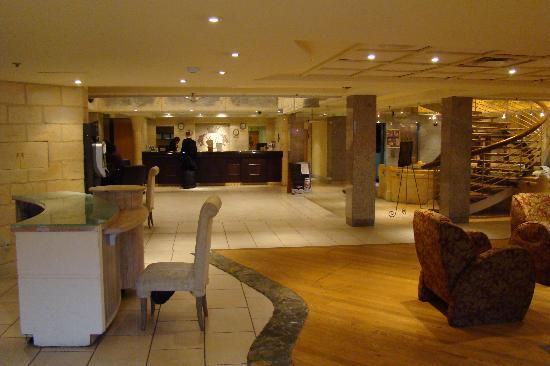Best Western Plus Montreal Downtown-Hotel Europa: Lounge