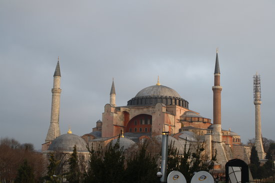 Reliable Travel : View of the Hagia Sophia from the roof terrace of our hotel in Istanbul