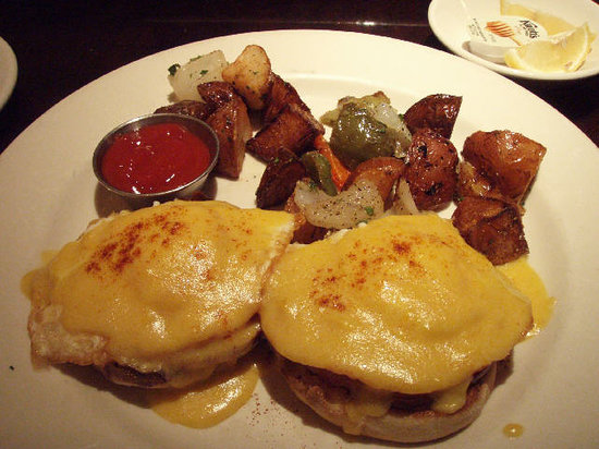 Daily Grill: Fried egg & Cheese Muffin