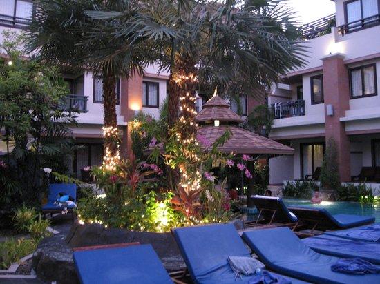 P. P. Palm Tree Resort: pool  area