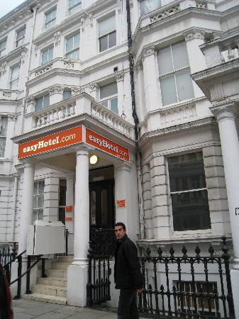 Chambre picture of easyhotel london south kensington for Chambre london