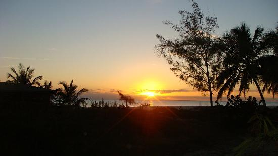 Shannas Cove Resort: Great Sunset