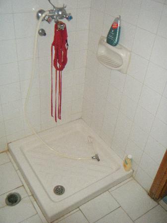 Teo Hotel: doccia