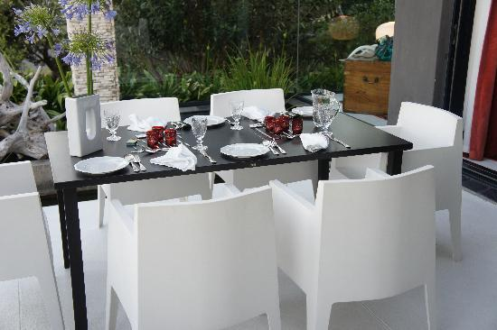 De Kelders Private Villa: Private table!