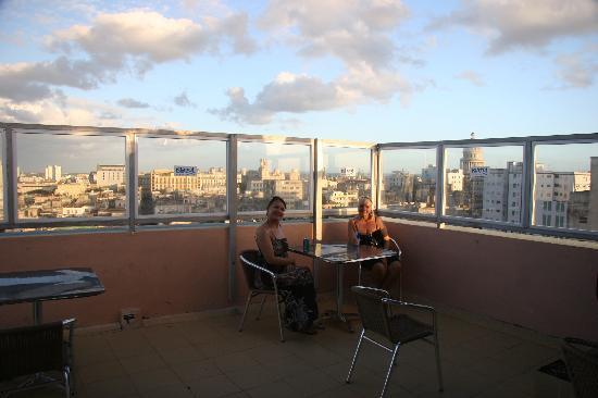 Islazul Hotel Lincoln: roof bar