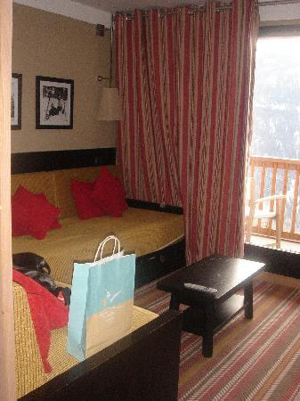 Club Med Peisey-Vallandry: View of sitting room (Family Room)