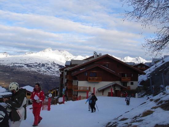 Club Med Peisey-Vallandry: View back towards Club Med from ski meeting area