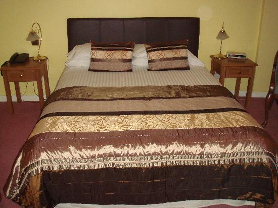 Ferryhill House Hotel: letto