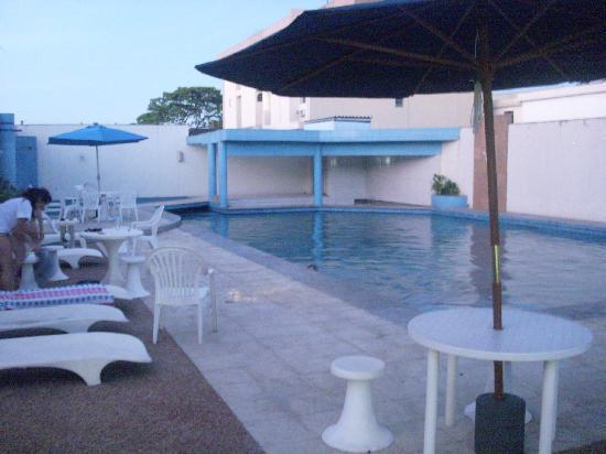 Hotel Foz do Iguacu: piscina