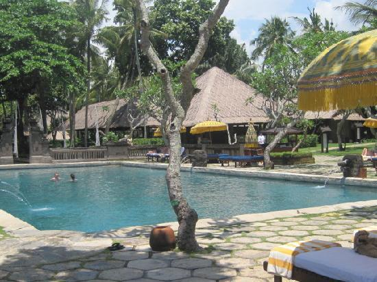 The Oberoi Bali: super pool-tolle atmosphäre-gepflegt