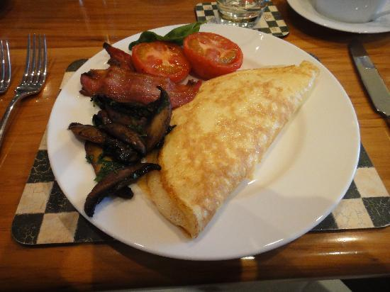 Lime Tree Lodge: My breakfast.