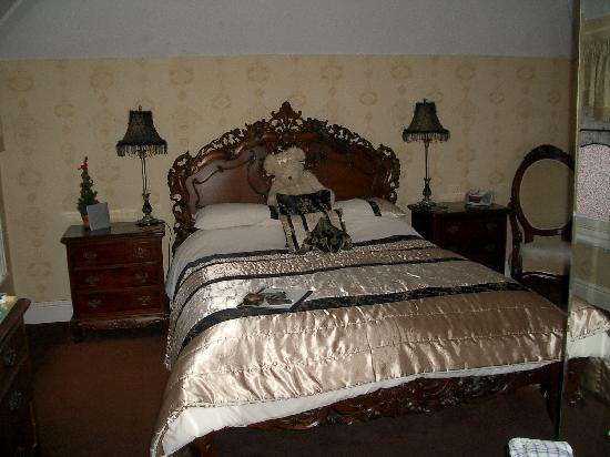 Plas Llwyd: Our 1st stay bedroom
