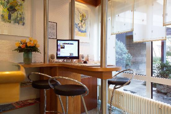 Central Hotel Eschborn: Internet Bar