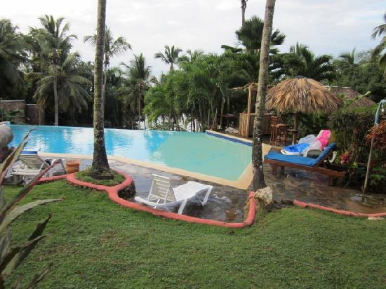 Hotel Las Ballenas Escondidas: The pool, whcih we had to ourselves!