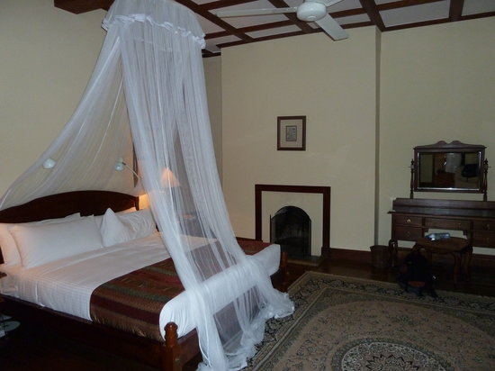 Ceylon Tea Trails: bedroom