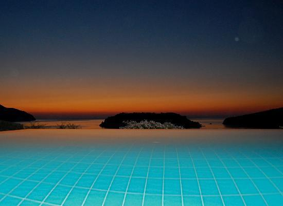 Blue Palace, a Luxury Collection Resort & Spa, Crete: Our Pool