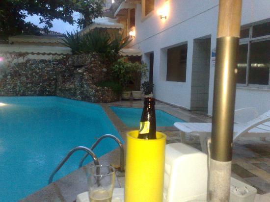 Hotel Beira Mar : Eis um lugar agradável para tomar a cervejinha do final da tarde.