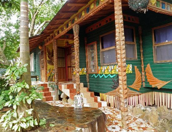 Nightland Cabins at JadeSeahorse: Shagrila (sic), connecting cabins