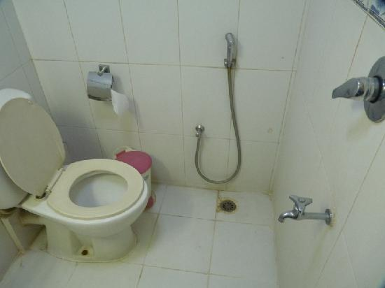 Bathroom - Foto di Hotel Ornate, Dhaka City - TripAdvisor