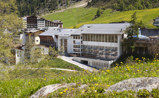 Hotel Lohmann: Außenansicht Sommer