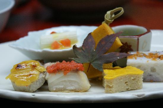 Nasu onsen Sanraku: とても手の込んだおいしい懐石料理です。