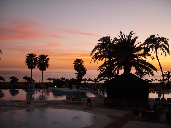 Marinas de Nerja Aparthotel: Evening sunset