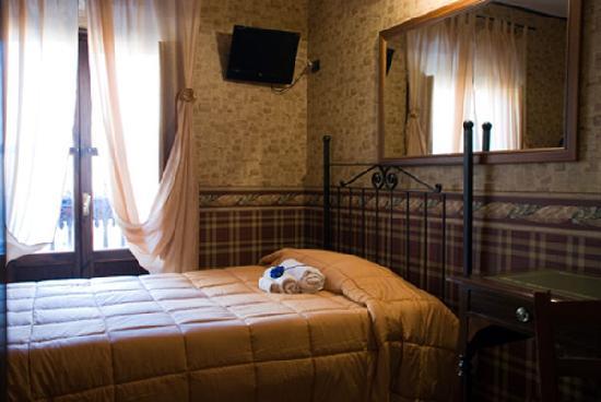 Sora, Italy: Camera
