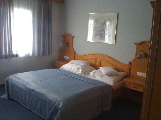 Aquamarina Hotel: room