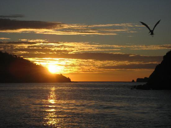 Barcelo Huatulco Beach Resort: SUNRISE