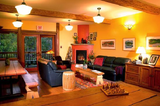 The Ecolodge at the Tofino Botanical Gardens: Relax by the fireplace