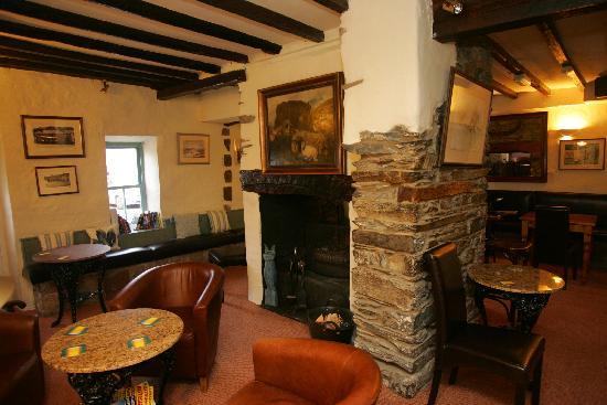 The Lion Inn: Why not Unwind