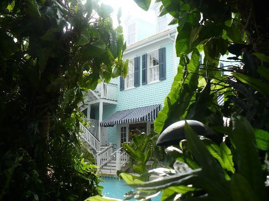 Marquesa Hotel : piscina i e giardino