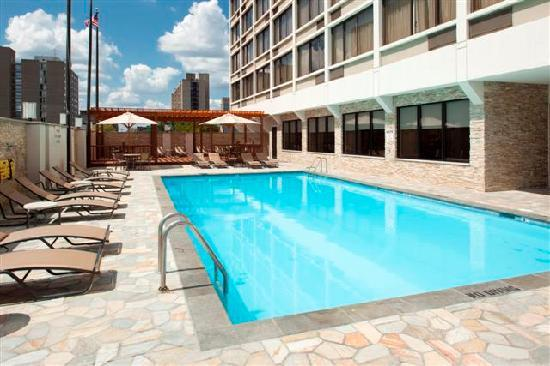 outdoor pool picture of sheraton philadelphia university. Black Bedroom Furniture Sets. Home Design Ideas