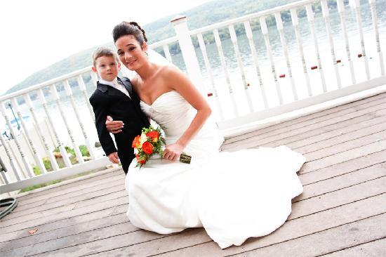 The Georgian Lakeside Resort: Elegant Lakeside Weddings at The Georgian!